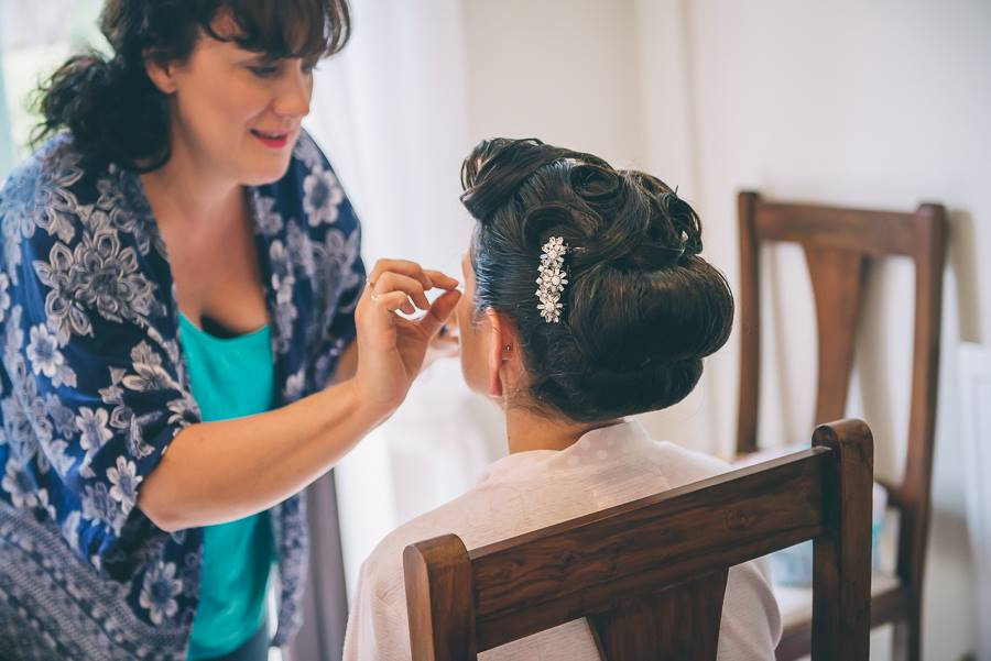 Bridal make-up artist